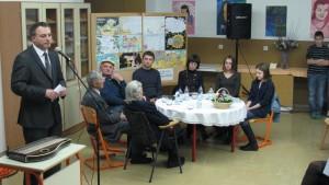 slika 2 Mag. Igor Teršar in literati naše doline
