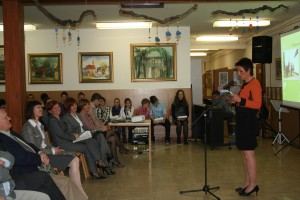 slika 3 Prisotne je nagovorila podpredsednica Državnega sveta RS, ga. Lidija Jerkič